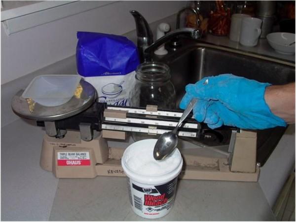 Weighing oxalic